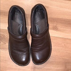 B.O.C by born brown leather clogs size 8